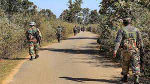 पलामू में ट्रिपल मर्डरः नक्सली ने ग्रामीण को मारी गोली, उग्र ग्रामीणों ने नक्सली दंपति को उतारा मौत के घाट