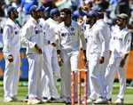 IND vs AUS: भारतीय टीम के लिए अच्छी खबर, जांच के बाद भी तीसरा टेस्ट खेल सकते हैं रोहित शर्मा, शुभमन गिल और ऋषभ पंत