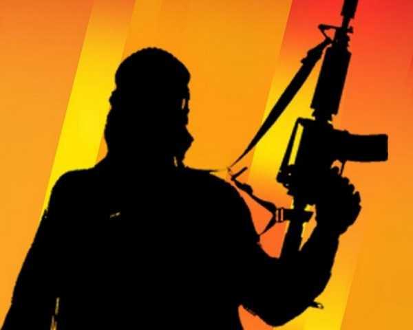 दिल्ली से संदिग्ध आतंकवादी गिरफ्तार, AK-47 समेत फर्जी पासपोर्ट बरामद
